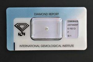 Diamant in der Brillantform geschliffen, 0,152 Karat, Farbe F (Top Wesselton+).