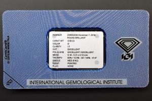 Das Foto zeigt die Rückseite der Original IGI-Versiegelung des Anlagediamanten mit 0,50 Karat, Farbe D, Reinheit IF, 3x EX