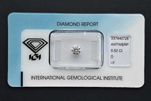 """Der Halbkaräter in der allerhöchsten Qualität ist neben dem Einkaräter Anlagediamanten die sog. """"Standardwährung""""."""