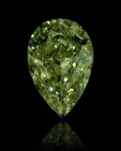 Ein sehr seltener und schöner, echter Chamäleon-Diamant in seiner Hauptfarbe.